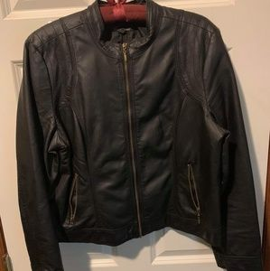 Black faux leather jacket size XL